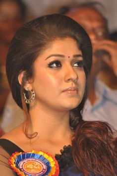 NAYANTHARA SAREE PHOTOS AT NANDI AWARDS 2013 (3).jpg (620×933)