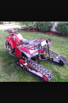 Atc 200 with tracks Honda Trike, Yamaha Atv, Trike Motorcycle, Honda Motorcycles, Desert Sled, Atv Wheels, Honda Pioneer 1000, Amphibious Vehicle, Quad Bike