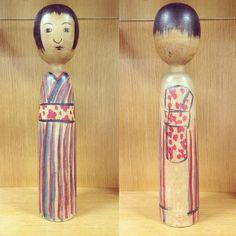 かなりレアな後ろ帯! Traditional Toys, Kokeshi Dolls, Wooden Dolls, Old And New, Improve Yourself, Japan, Cute, Inspiration, Dolls
