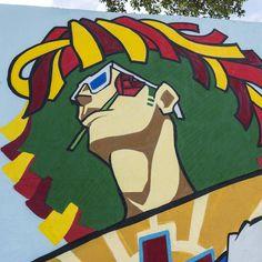 """Jota ZerOff - Arte Urbana no Carnaval do Recife -Painel na Gerência de Atenção à Saúde. Com agenciamento da Nuvem e com o """"maestro"""" Carlos Augusto Lira (arquiteto que assina o decor do Carnaval) os painéis produzidos irão dar vida as ruas e também são a base visual para o projeto cenográfico. A arte da rua do povo para o povo. Viva a Arte! Viva o Carnaval! Foto: Fred Jordão #carnaval2017 #SIMCarnavaldoRecife #carnaval #grafite"""