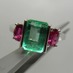 Composition: Solid White Gold 14K Primary Stone: Natural Colombian Emerald Shape or Cut: Emerald Cut Approx Emerald Weight: Over 3.31 Carats (1 emeralds) Treatment Emerald: no heat ~ Only Oil Average