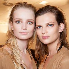 weekend hair: 4 'NO-BRUSH / DONE-IN-30-SECONDS' styles | bellaMUMMA