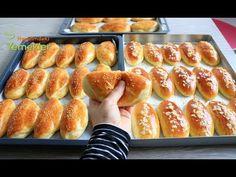 HİÇ BAYATLAMAYAN YUMUŞACIK PAMUK POĞAÇA TARİFİ / Poğaça Tarifi /Çikolatalı ve Peynirli Poğaça - YouTube Bread Recipes, Cooking Recipes, Serbian Recipes, Food Platters, Hot Dog Buns, Baked Goods, Dessert Recipes, Food And Drink, Health Fitness