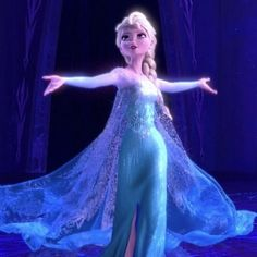 """Here's Your First Look at the Cast of """"Frozen: (The Musical)"""" in Full Costume Frozen 1, Frozen Film, Disney Frozen Elsa, Disney Fan Art, Disney Love, Frozen Party Cake, Broadway Costumes, Frozen Pictures, Barbie Images"""