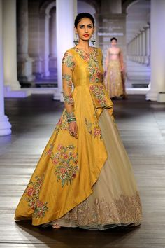 Buy beautiful Designer fully custom made bridal lehenga choli and party wear lehenga choli on Beautiful Latest Designs available in all comfortable price range.Buy Designer Collection Online : Call/ WhatsApp us on : Indian Designer Outfits, Designer Gowns, Indian Outfits, Indian Clothes, Western Outfits, Indian Gowns Dresses, Pakistani Dresses, Bridal Dresses, Party Wear Indian Dresses