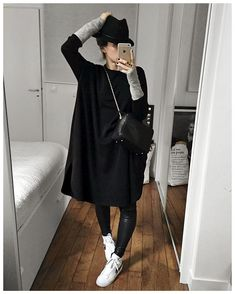 Minus the hat. Look Fashion, Fashion Outfits, Womens Fashion, Mode Style, Style Me, Fall Outfits, Casual Outfits, Looks Black, Autumn Winter Fashion