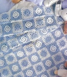 Blue and White Squares Afghan free crochet graph pattern
