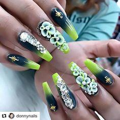 "152 Likes, 1 Comments - nailart💅 😍 inspiration (@nailsbenails) on Instagram: ""#Repost @_tinti_ with @repostapp ・・・ #coffinnails #ballerinanails #mattenails #matte #gold #24k…"""