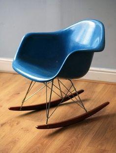 Charles Eames Rocking Chair RAR by Vitra designclassic In