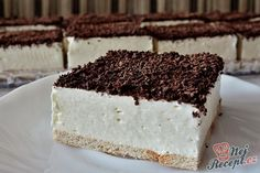 Faster foam cake without baking Top-Rezepte.de - A visit has been announced at short notice? Go to the kitchen, prepare this delicious quick cake, a - Top Recipes, Baking Recipes, Cake Recipes, Dessert Oreo, Quick Cake, Cake & Co, Food Cakes, Savoury Cake, Yummy Cakes