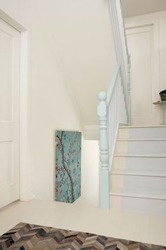 Too many doors in your hallway? Trick the eye by making a feature of something else - like this beautiful mint bannister. Painted Stair Railings, Painted Stairs, Painted Doors, Colorful Interior Design, Colorful Interiors, Staircase Banister Ideas, Bannister Ideas, Hallway Decorating, Interior Decorating