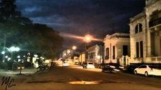 Casarões na Praça Getúlio Vargas, Alegrete-RS. Foto de Marília Cechella. #alegrete #riograndedosul #brasil