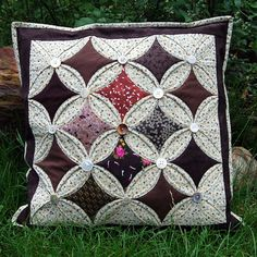 window catedral pillow