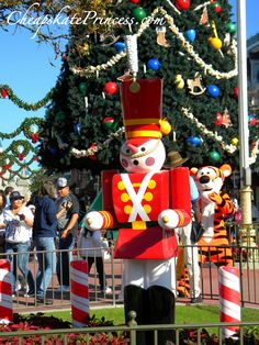 Why Take A Disney Vacation During Christmas?  The Holiday Decorations Are Better Than Yours!  Great blog post from the Cheapskate Princess!