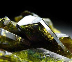 Minerals Minerals Minerals! - Epidote - Mount George, Harts Range, Northern...