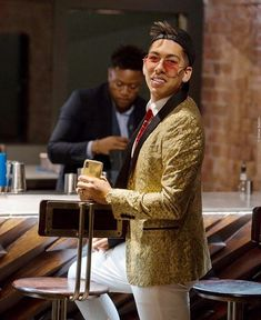 All gold by Bobby Firmino Liverpool Fc, Football Team, Bobby, Style, Future, Gold, Ideas, Swag, Future Tense