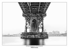 https://flic.kr/p/yA3d95   nyc_#001 - Under The Bridge   Manhattan Bridge, South Street, New York City, september 2015   All of my photographs are under copyright ©. None of these photographs may be reproduced and/or used in any way without my permission.   © NGimages / Nico Geerlings Photography