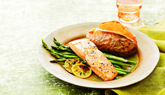 Spreading your proteins out over the day is better than loading in 1 meal, finds a recent study in the Journal of Nutrition. People who ate about 30 g of protein at each meal—breakfast, lunch, and dinner—had a 25% boost in muscle building, compared with those who ate the same total amount but skimped in the morning and loaded up at night.