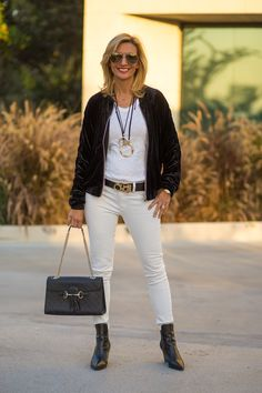 Trend Alert Velvet Bomber jacket and Faux Fur Stole plus a few fun necklaces are on my blog today and part of our 24-HR FLASH SALE - USE CODE FS123 AND GET 15% OFF THE FOUR PIECES FEATURED ON MY BLOG TODAY PLUS FREE US SHIPPING www.jacketsociety.com