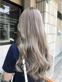 Brunette Meets Platinum-Blonde - 40 of the Best Bronde Hair Options - The Trending Hairstyle Blonde Hair Korean, Korean Hair Color, Blonde Hair Looks, Brown Blonde Hair, Asians With Blonde Hair, Ashy Blonde, Brown Hair Shades, Light Brown Hair, Light Ash Blonde