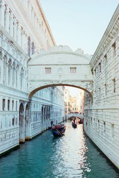Venise, Italia: Take a gondola through Venice at least once. Places Around The World, The Places Youll Go, Travel Around The World, Places To See, Around The Worlds, Dream Vacations, Vacation Spots, Vacation Places, Honeymoon Places