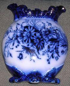 Glass Art blue & white vase