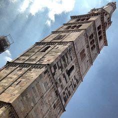 A torre em #Modena - Instagram by @Aprendiz de Viajante