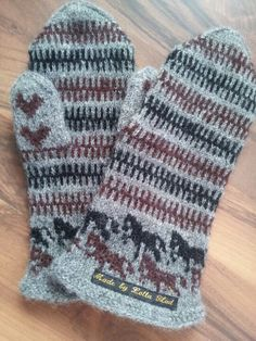 Horse mittens - My work - Made by Lotta Blad