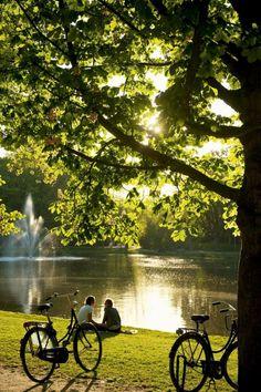 Vondelpark - 18 stunningly beautiful pictures of Amsterdam - Netherlands Tourism