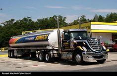Truck International Lonestar Tractor / Tank