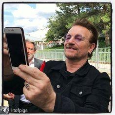 U2's Bono - Picture Time!