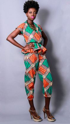 I love the hair and peplum outfit. An absolute favorite of mine! African Print Dresses, African Dresses For Women, African Attire, African Fashion Dresses, African Prints, African Outfits, Ankara Fashion, African Women, African Shop