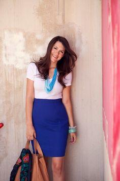 white t-shirt blue pencil skirt blue accessories