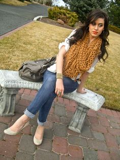 CarahAmelie - Outfit Ideas  love bag and scarf