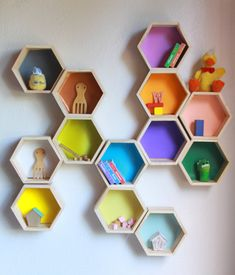 FIVE Hexagon shelves. Hexagon shelf color shelves kids shelves small shelves wood shelves by Folkloredeco Floating Shelves Bedroom, Floating Shelves Kitchen, Wooden Floating Shelves, Rustic Floating Shelves, Glass Shelves, Bathroom Shelves, Bathroom Kids, Bathroom Wall, Geometric Shelves