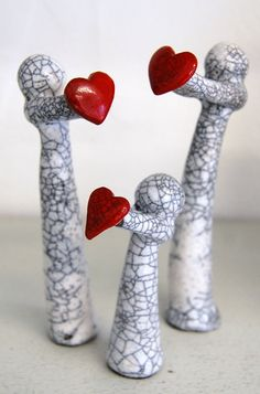 The raku family gift of lovethree custom by MartinONeillceramics, £25.99