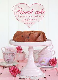 Bundt Cake with mascarpone and chocolate chips (recipe in Spanish)
