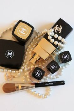 Hardware and Makeup @ Chanel Pre-Fall 2012