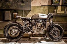 """""""#Repost from @enginethusiast Such a fantastic Honda CX500 cafe racer build by @af_josh at @the1moto show. """""""