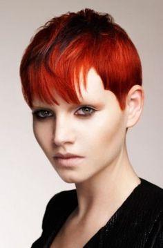 Capodanno 2013 capelli corti: chioma cortissima rosso fuoco