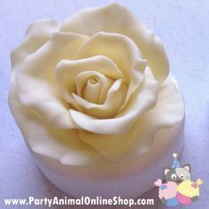 Making a Rose with Modelling Chocolate Tutorial I loved how fun and different these were to make. I found chocolate to be much more slap-dash than what sugarcraft is. When you use flower paste to model your flowers you use very precise methods,...