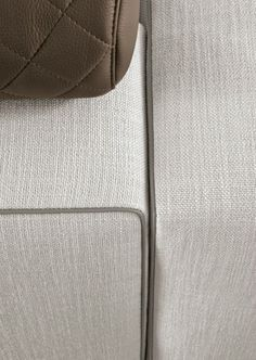 Minotti 2014 Leonard sofa in fabric cover with eco-leather piping