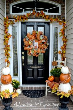 100 Cozy & Rustic Fall Front Porch decor ideas to feel the yawning autumn noon wind & watch the ember red leaves burn out slowly - Hike n Dip Treatment Projects Care Design home decor Autumn Decorating, Porch Decorating, Decorating Ideas, Fall Home Decor, Autumn Home, Fall Decor For Porch, Welcome Fall, Diy Halloween Decorations, House Decorations