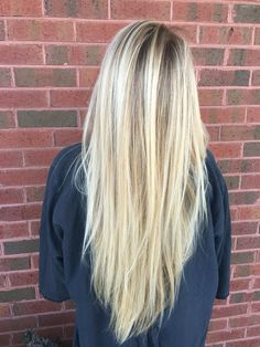 cool tone blonde balayage with natural lowlight