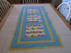 FRU HEART ATTACK Easter table runner от dianassewingstudio на Etsy