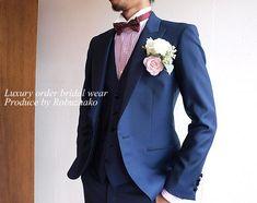 新郎様タキシードをもっとオシャレに着こなす個性のあるコーディネート の画像|大阪・阿倍野|オーダースーツ大阪 ロブザーコ オーダースーツ|結婚式タキシード|新郎衣装|オーダーシャツ等 神戸|奈良|京都でも好評中 Suit Fashion, Party Fashion, Party Suits, Tuxedo Wedding, Wedding Costumes, Groom Style, Wedding Pictures, Mens Suits, Smocking