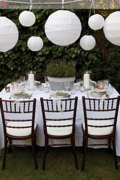 These paper lanterns are a beautiful, inexpensive decoration to add color/texture to an outdoor reception!