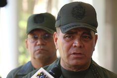 Padrino López: A partir de este martes se permitirá el paso peatonal en la frontera - http://www.notiexpresscolor.com/2016/12/20/padrino-lopez-a-partir-de-este-martes-se-permitira-el-paso-peatonal-en-la-frontera/