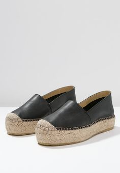 Pavement IDA - Espadrilles - black for £50.00 (13/04/16) with free delivery at Zalando