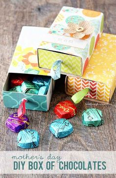 Make a DIY box for your mom's favorite bon-bons.